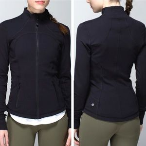 Lululemon Forme Jacket Black w/Cuffins